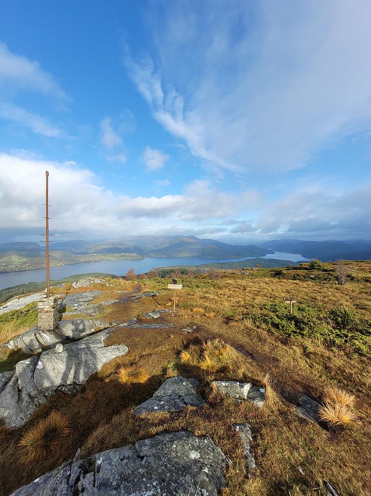 Utsikt fra Åsheimveten mot nord.